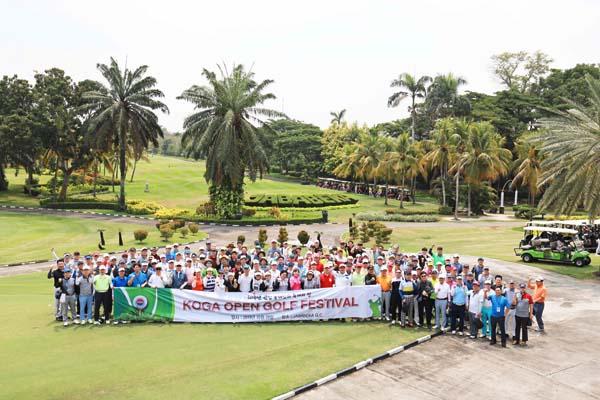 KOGA는 지난 10월 29일 자카르타 외곽 자바베카 골프장에서 창립 30주년 KOGA골프대회를 개회하고 있다. 사진. 한인포스트