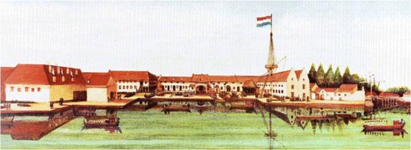 [17세기 VOC 조선소 – 18세기의 여러 개의 그림들을 붙인 것 / 그림 출처-researchgate] 그림 중앙부분을(깃대의 왼쪽) 복원하여 현재도 사용되고 있다.